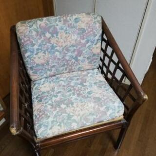 籐の椅子4客