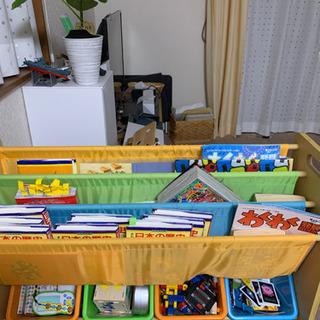 受け取り決まりました。子ども 本棚、おもちゃ玩具入れ