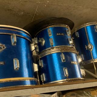 ドラムセットの太鼓