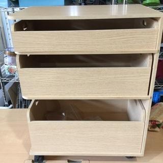 ロール足つき3段Box