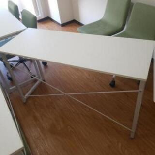 渋谷でオフィステーブルあげます。