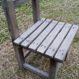 👧レトロな木製子供椅子👦