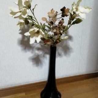 ガラスの大きめな花瓶