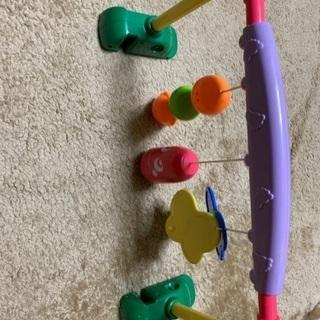 ベビー用おもちゃ ベビーベッドに取り付け可能