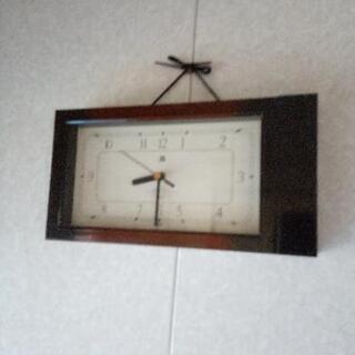 掛け時計 シンプルデザインコンパクト