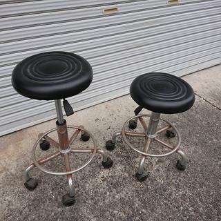 丸椅子 x 2脚