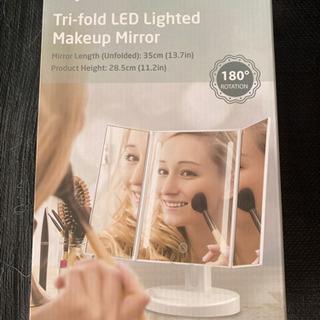 LEDライト付き3面鏡