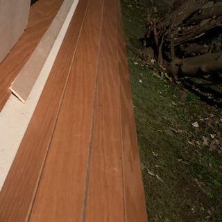 ウッドカーペット(長さ2.4m)の画像