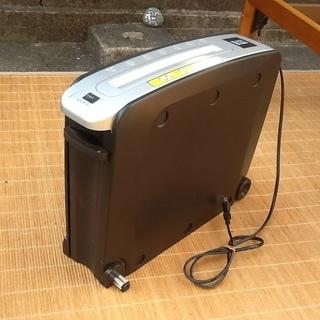 【値下げ700円に】オーム電機のスリムシュレッダーSHR-505...