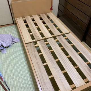 木製ベッド譲ります