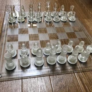 ガラスのチェスセット
