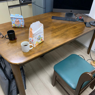 ダイニングテーブル売ります 木製