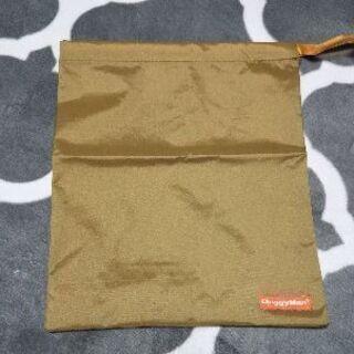 犬用レインコート(Mサイズ)巾着袋付き - 売ります・あげます