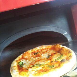 観光にも♪メディアで話題!野木町で気軽に本格ピッツァが味わえるお店