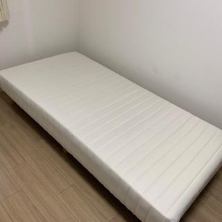 脚付きマットレス ベッド