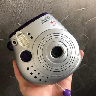 【美品】チェキ 完動品 インスタントカメラ 味のある1枚を♫