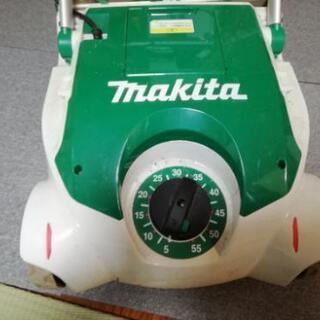 マキタ電動芝刈り機