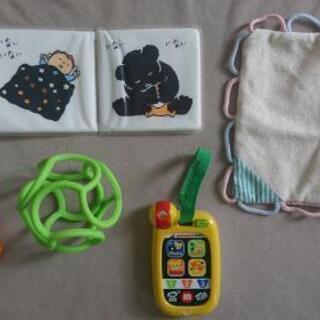 ミキハウス、アンパンマン他  乳児 おもちゃ 5点セット