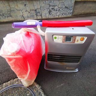 2014年製 小型ファンヒーター(電動ポンプ、タンク付け)
