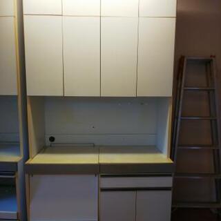 格安食器棚