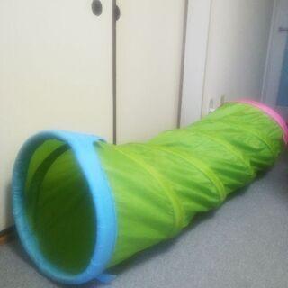 IKEA BUSA 子どもプレイトンネル