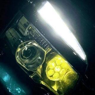 ヴォクシー70後期バルカン仕様ヘッドライト