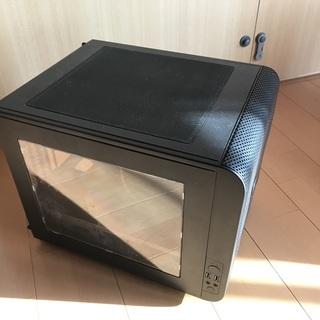 パソコンケース(Thermaltake Core V21)の画像
