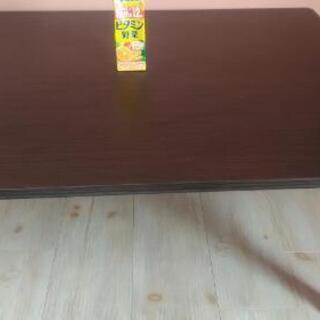 ニトリの机