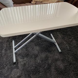 上げ下げ出来るダイニングテーブル  色  白