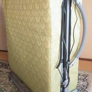 ファミリーライフの電動リクライニングベッド 美品
