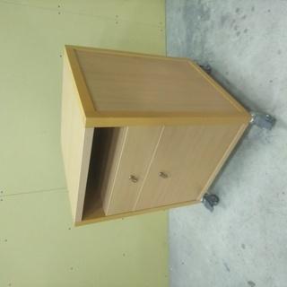 QD032 サイドテーブル カリガリス 高級家具 脇机 収納 キ...