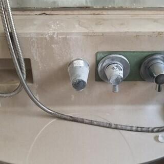 浴室浴槽 フッ素樹脂表面保護被膜コート施工