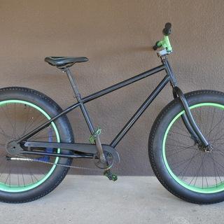 【引き取り限定】ファットバイク(黒×緑)あげます