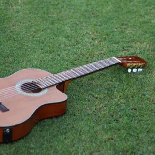 弾き語りをしたい人向けアコースティックギター訪問&オンラインレッ...