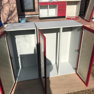食器用吊り戸棚