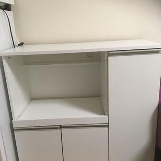 ニトリの食器棚 ホワイト