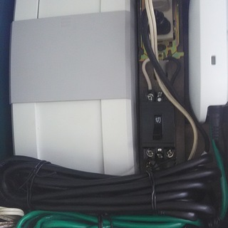 オムロン製パワーコンディショナーの出力制御施工 太陽光発電 ソー...