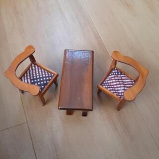 ミニチュア家具 テーブルと椅子ハンドメイド