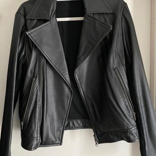 革ジャケット