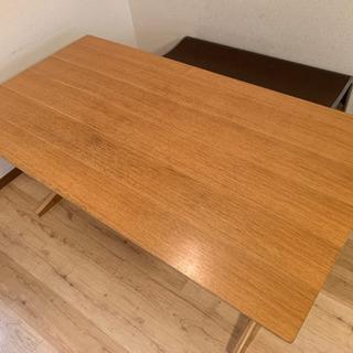 無印良品のダイニングテーブル