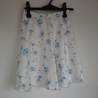 CECIL McBEE  花柄スカート