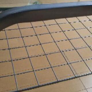 ガラステーブル(マガジンラック付き) - 家具
