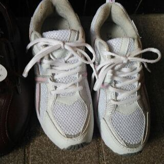 レディース向けの靴