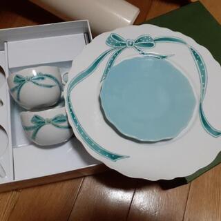大皿とティーカップのセット 新品未使用
