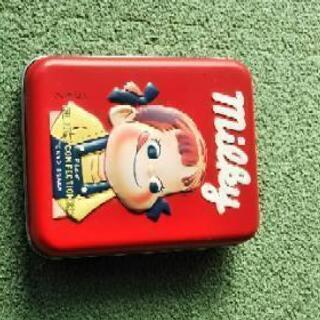 ペコちゃんの角缶ケース