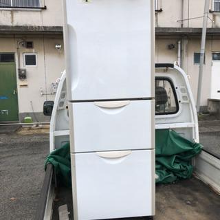 冷蔵庫 洗濯機 食器棚 ゴミ箱