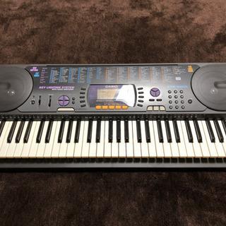 ●CASIO 光ナビゲーションキーボード CTK-660L