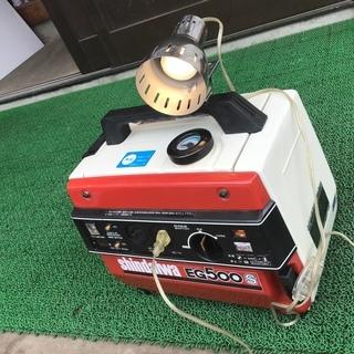 新ダイワ エンジン発電機 EG500B 感動品 完動品 年式の割...