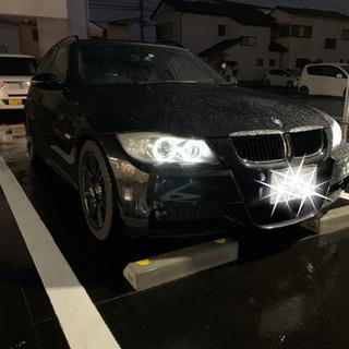 BMW 320i ツーリング Mスポ