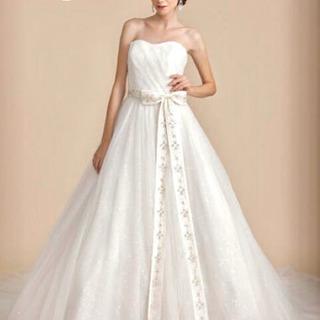 alohina lino ウエディングドレス